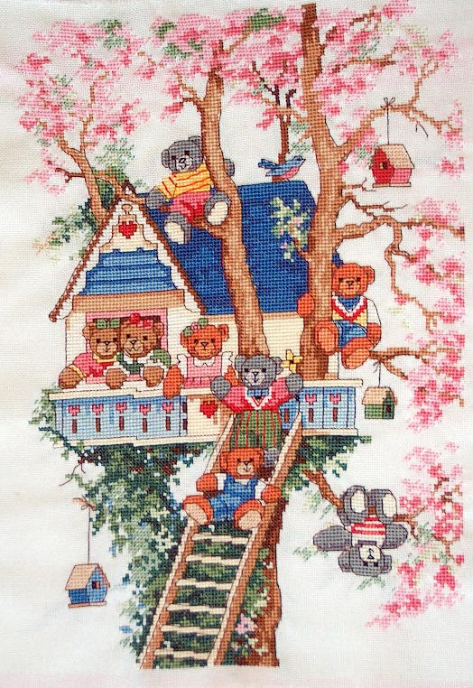 Cхема вышивки крестом Домик на дереве.